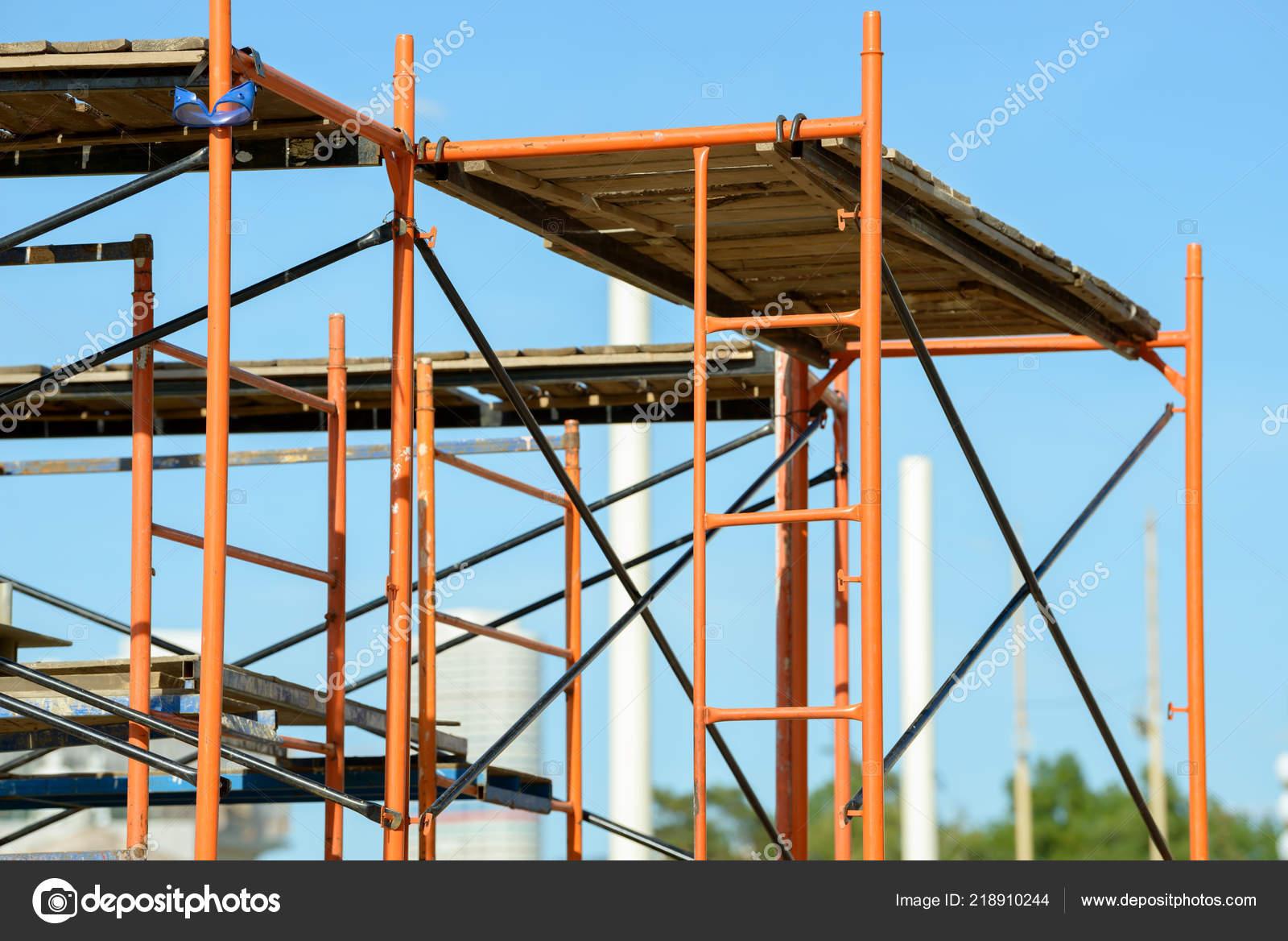 Gerüstbau Elemente Metallgerüste Rohre Und Stangen Bau Website