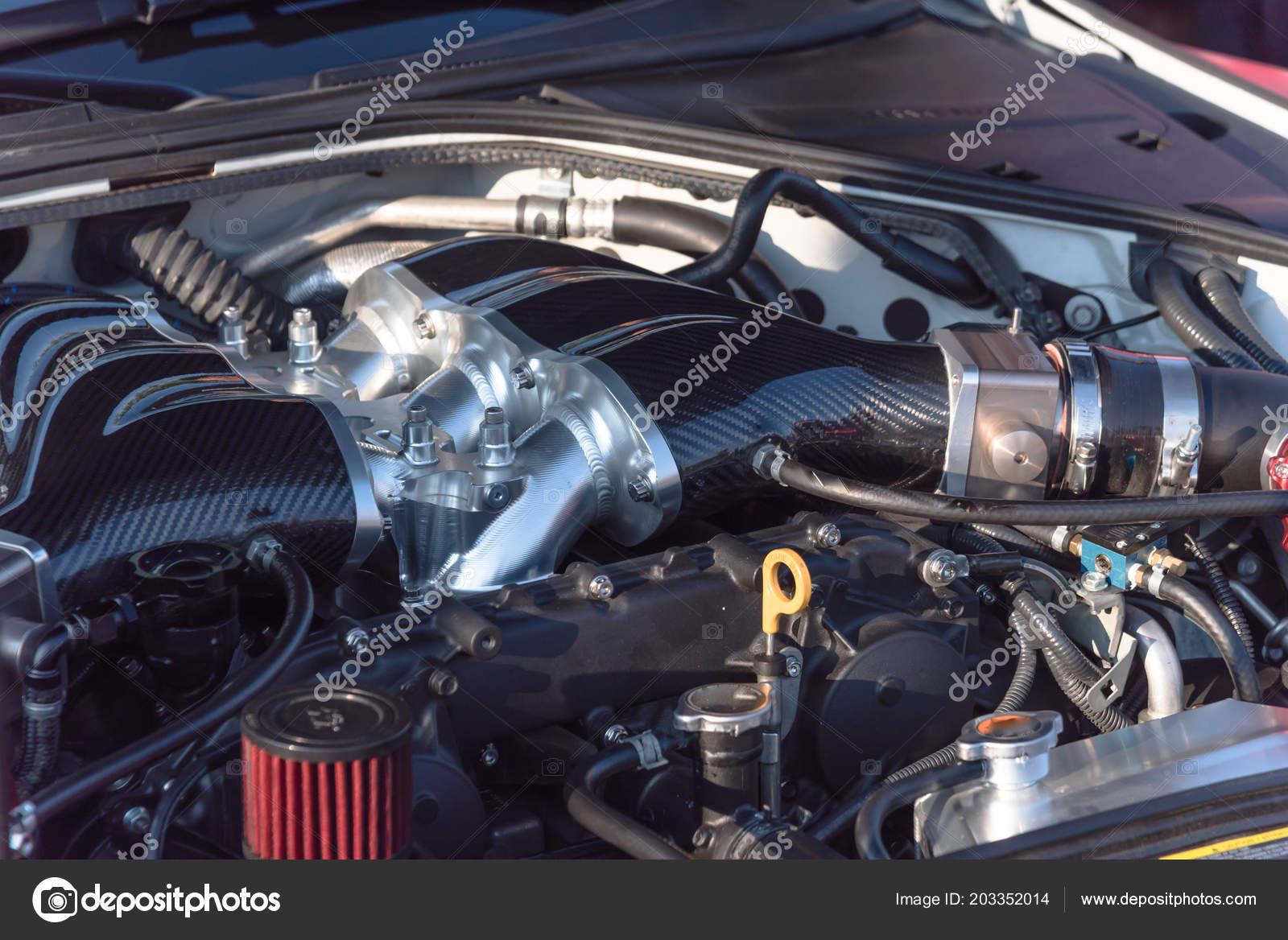 af2d471804 Modern Nagy Teljesítményű Autó Motor Részlet Tiszta Sport Autó Autóalkatrész  — Stock Fotó