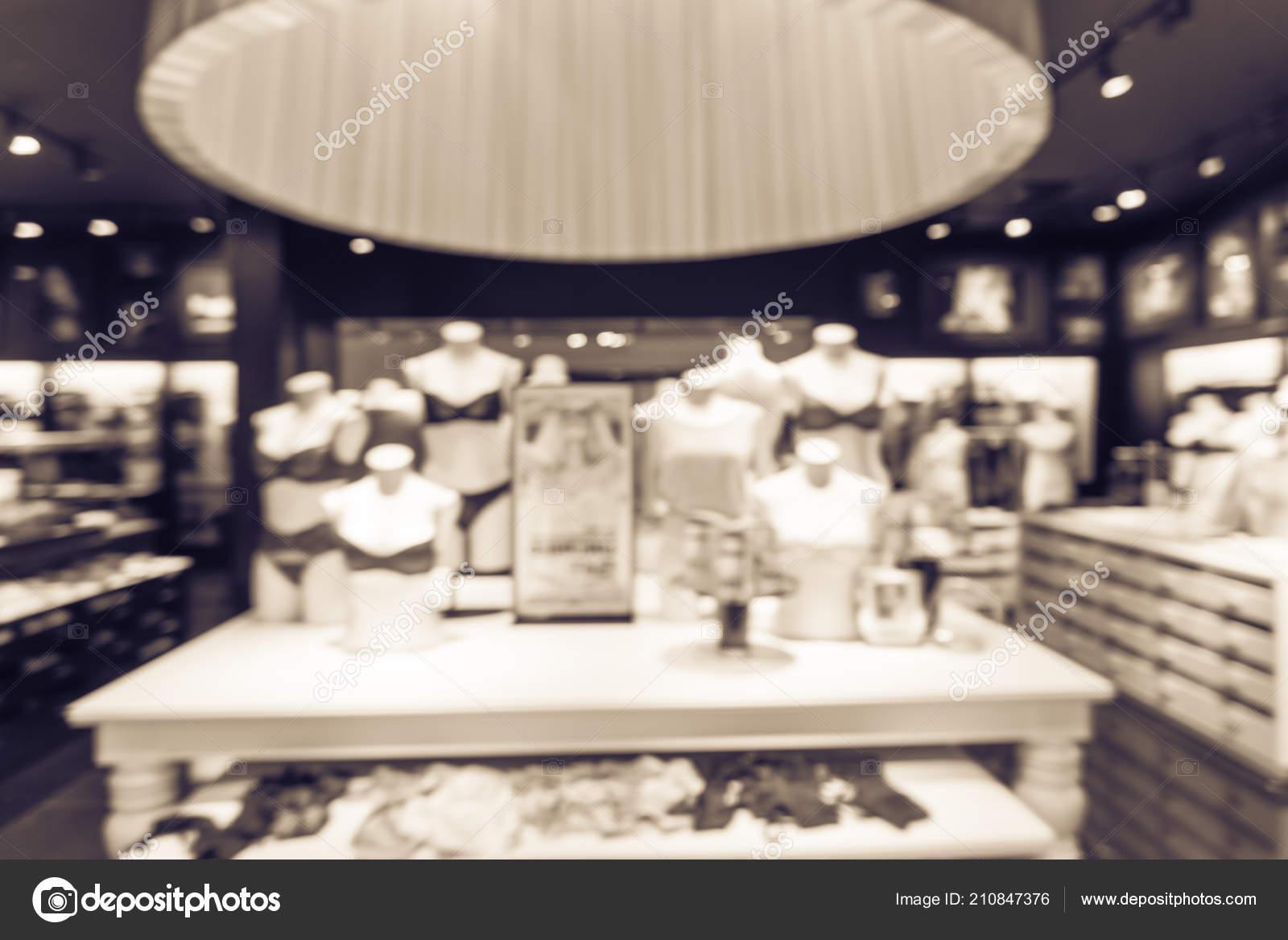 4e989aeb2288 Interior Imagen Borrosa Colores Mujer Moderna Tienda Lencería Ropa ...