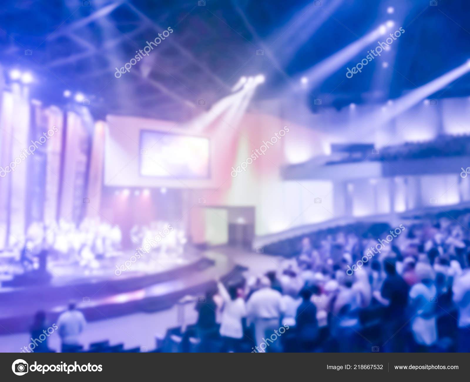 Alabanzas Cristianas De Adoracion resumen borrosa cristianos levantando sus manos alabanza