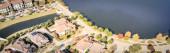 Fotografie Panorama-Luftaufnahme Neubau Seeufer Vorort Haus hell Herbst orange Farbe Dallas