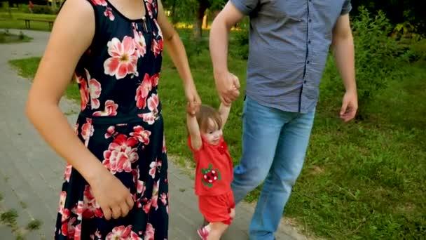 No permitamos que los conflictos de pareja influyan negativamente en los niños.