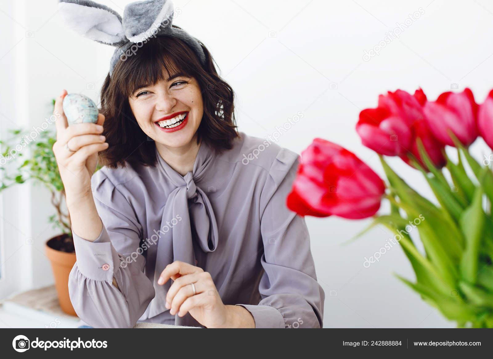 Аней минет, девушки за яйца
