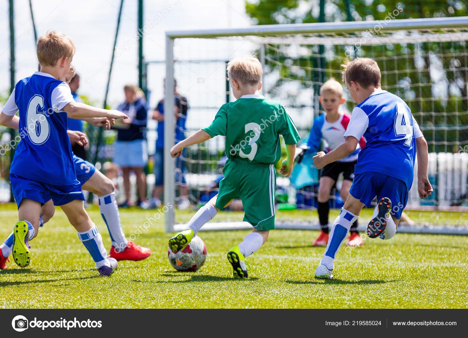 Fussball Fussball Spiel Fur Kinder Jungs Spielen Fussball Spiel