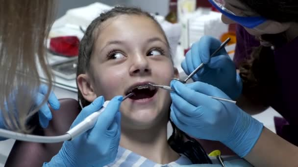 young child at the dentist for her fist dental visit