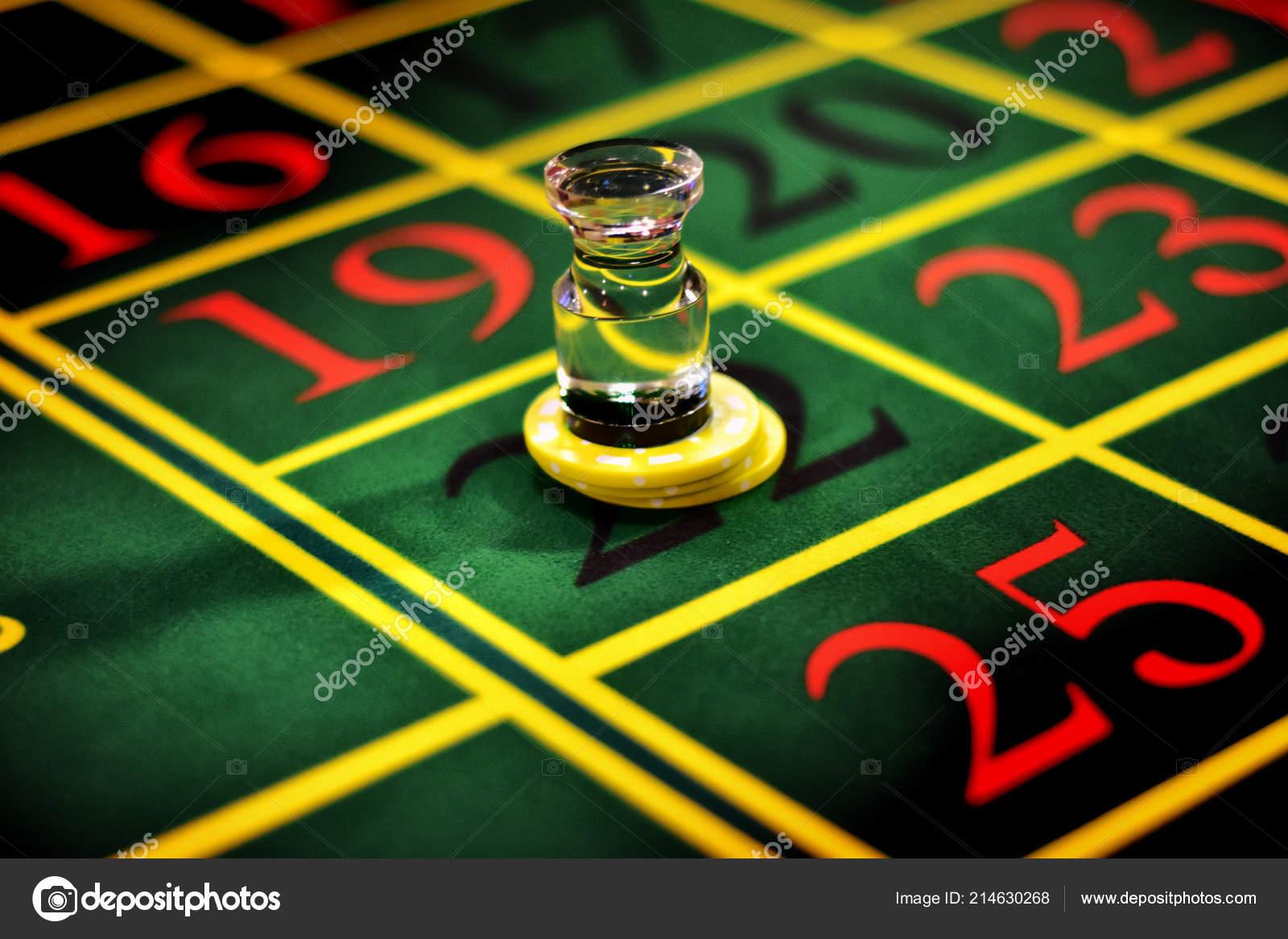 картотека на столе в казино кроссворд