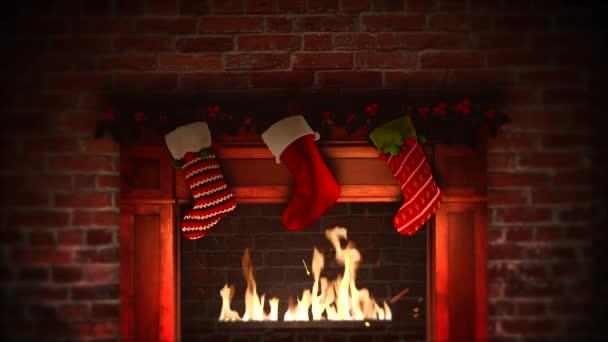 Animovaný closeup krb a dary v vánoční ponožky na cihly pozadí. Luxusní a elegantní dynamický styl šablony pro zimní dovolenou