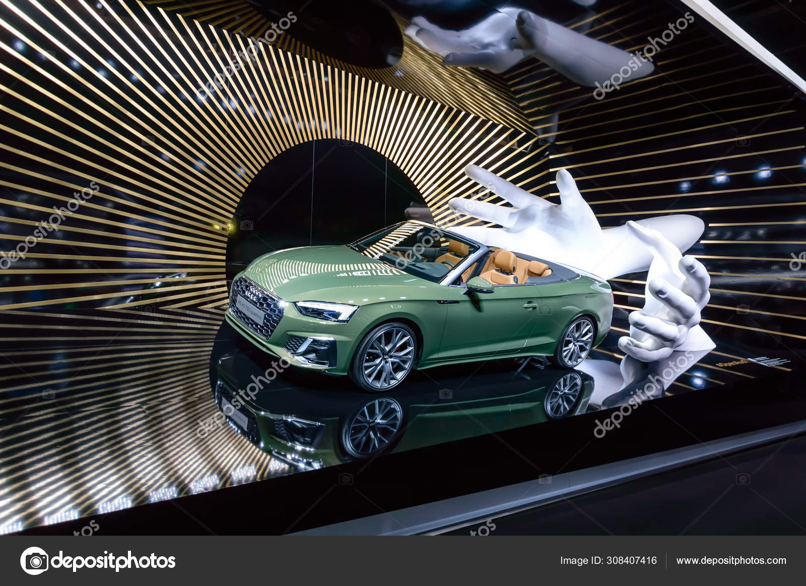 Novo Carro Verde Audi A5 40 Tdi Quattro Cabriolet Apresentado No Iaa 2019 Fotografia De Stock Editorial C Julia Lav 308407416
