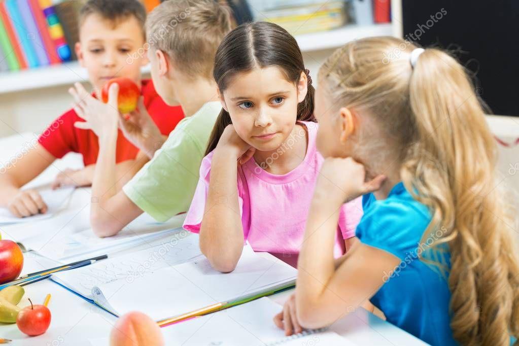 School Children in the Classroom Talking — Stock Photo