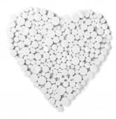 Prášky na lék ve tvaru srdce, samostatný srdce ve tvaru srdce symbol srdce