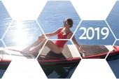Fotografie Mosaik Collage für die Feier des neuen Jahres mit einem Mädchen auf Stand up Paddel, Motivation für einen gesunden Lebensstil