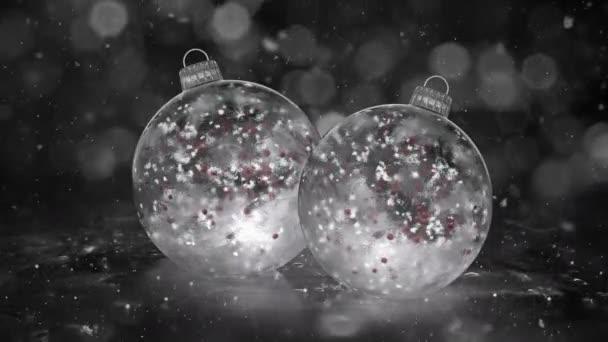 Karácsonyi Baubles fehér jég üvegdíszek két hó piros golyó háttér hurok