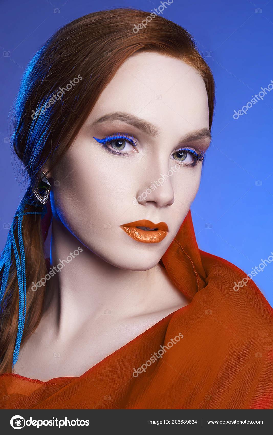 Cervene Modre Barvy Make Young Zena Portrait Beautiful Zazvor Divka