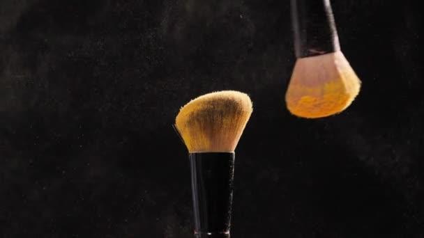 Kozmetikai ecset, kozmetikai arany por töltsük fel
