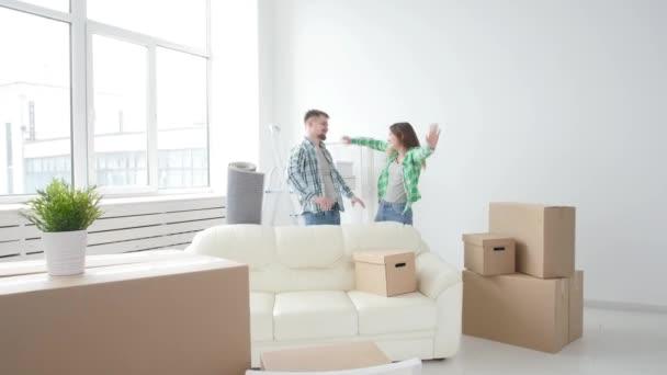 Fogalma felvásárlás és bérbeadás ingatlan. Szerencsés pár felölelő új házban