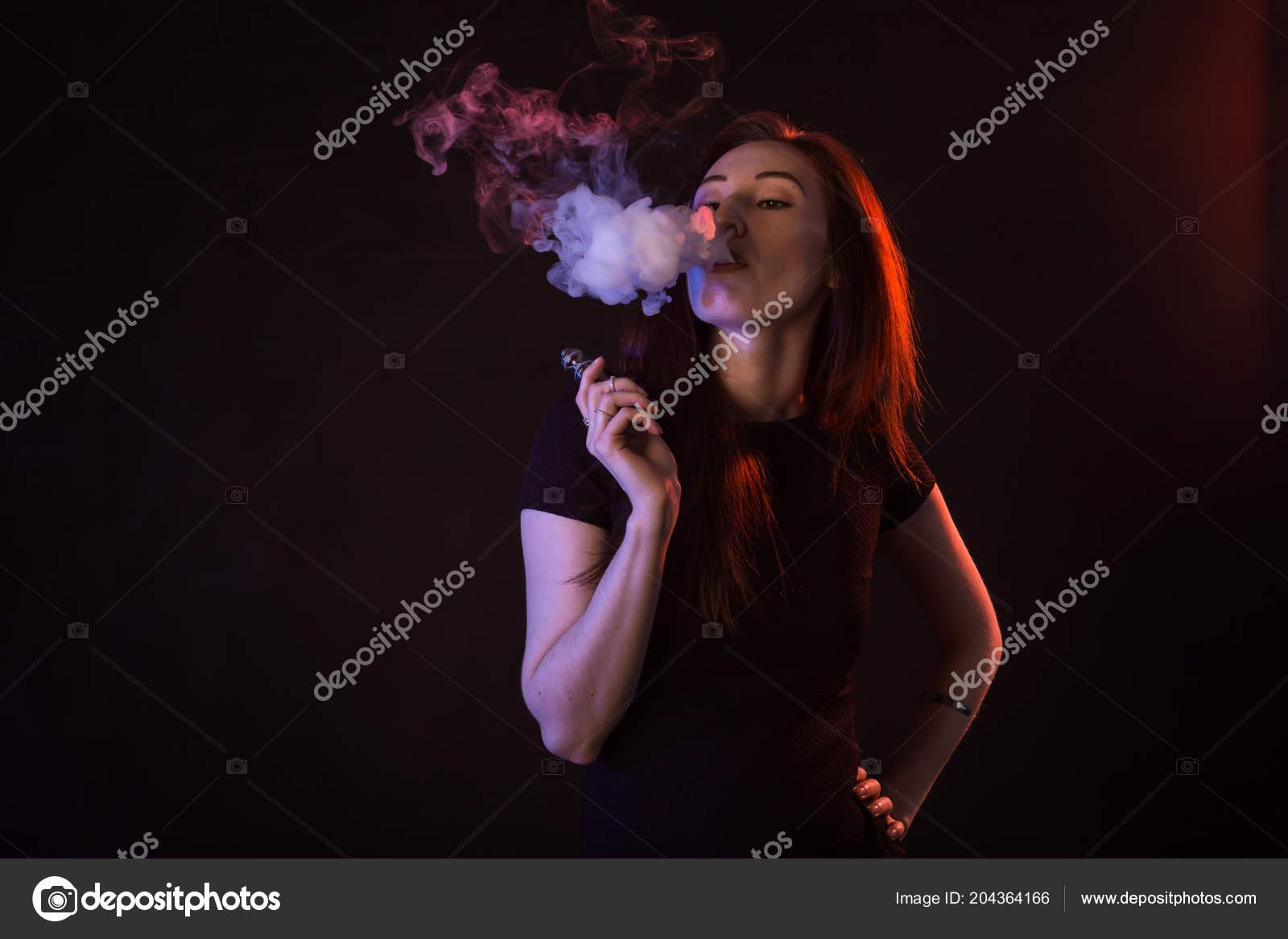 asijské kouření obličeje