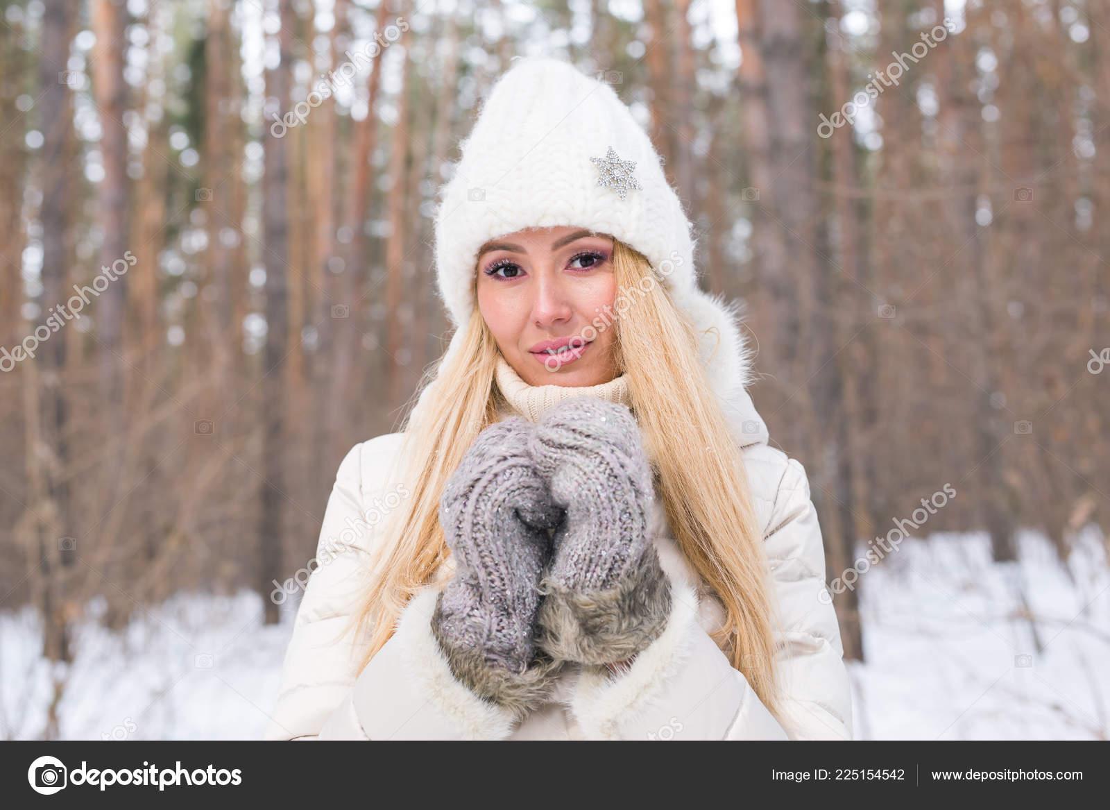 porno-perepihnulis-zimoy-s-blondinkoy