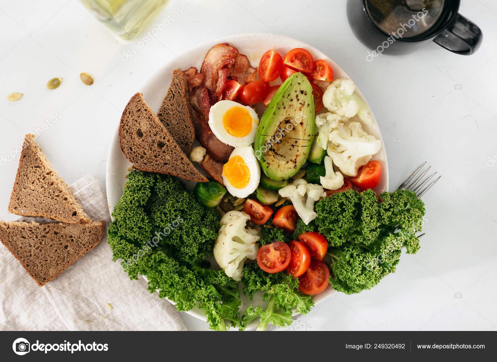 Que comer entre desayuno y almuerzo