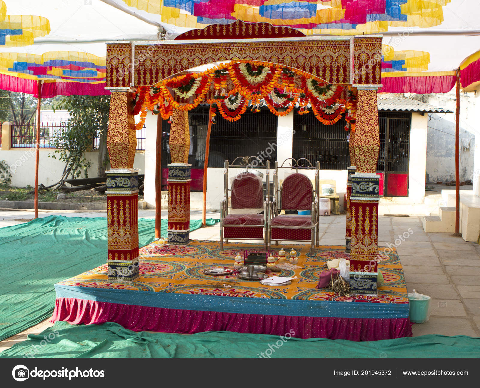 Pictures Marriage Stage Traditional Decorated Marriage