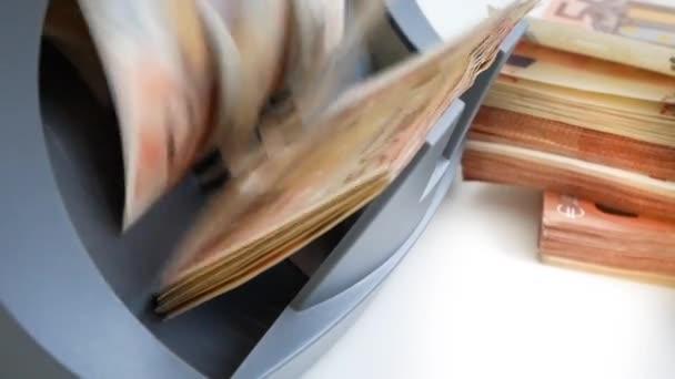 Pokladna a detektor bankovek pro počítání bankovek a stanovení falešných 50 a 20 EUR