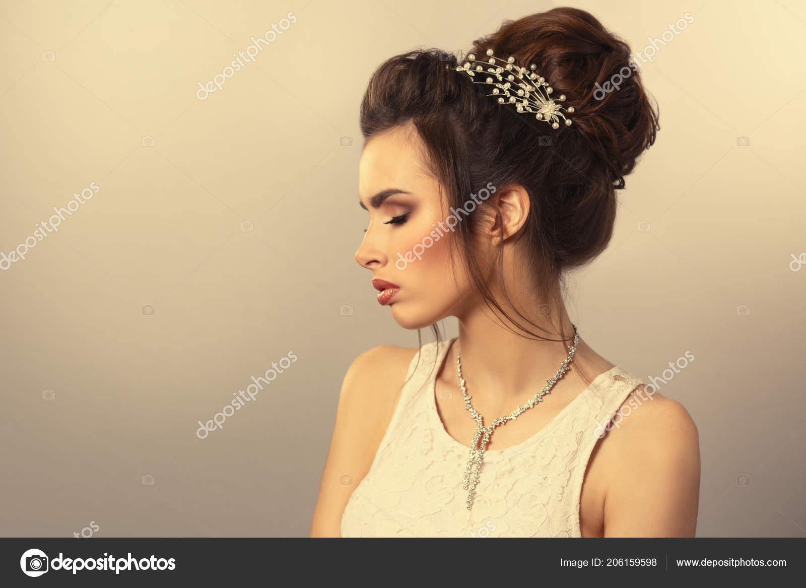 Vintage Beauty Portrait Elegante Braut Mit Frisur Und Make