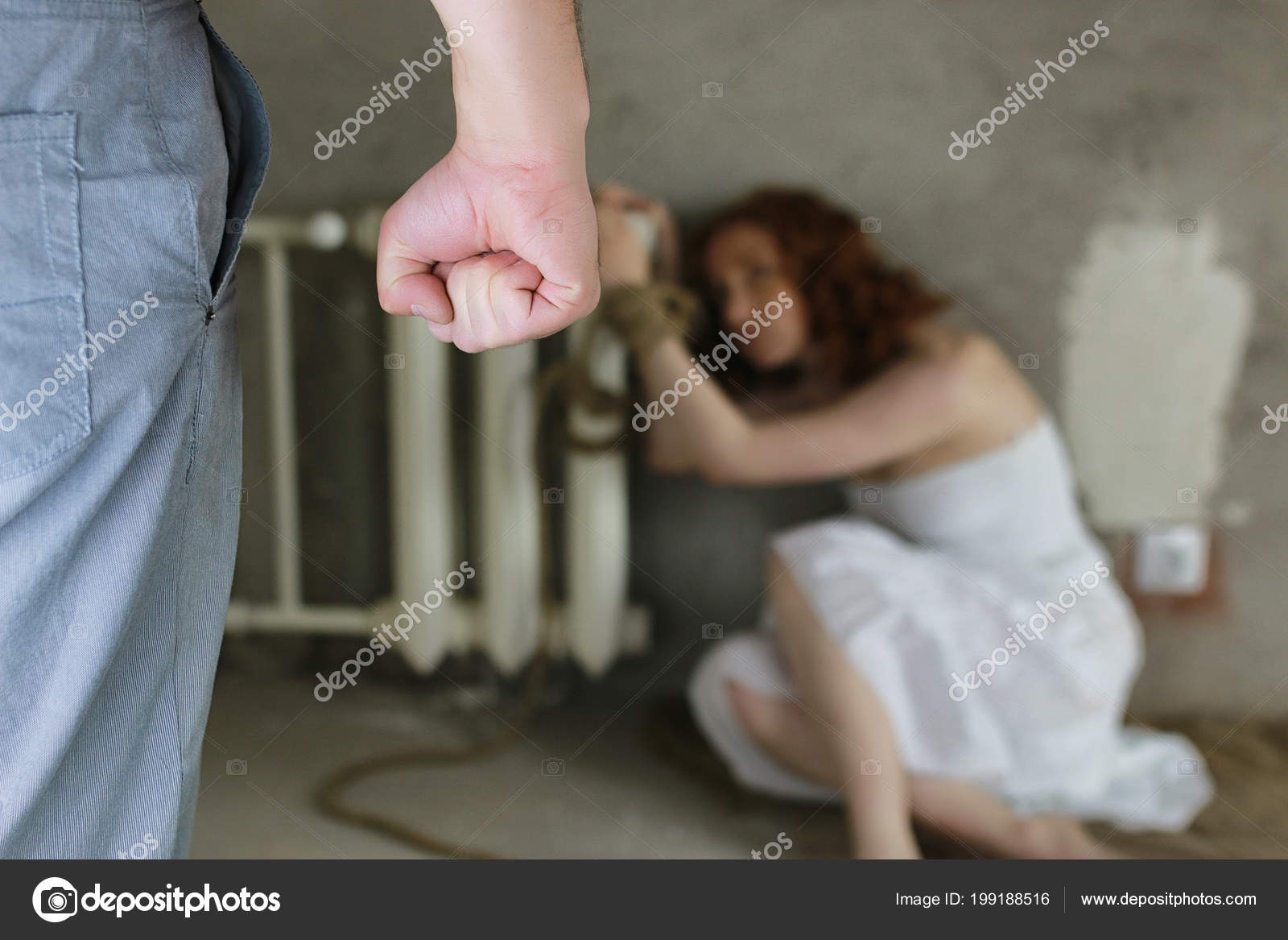 Похищение с аналом, Похищение анал - видео rating Flesh Hole HD 23 фотография