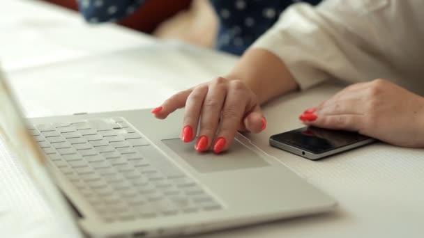 Gute Abholzeitungen für Dating-Websites