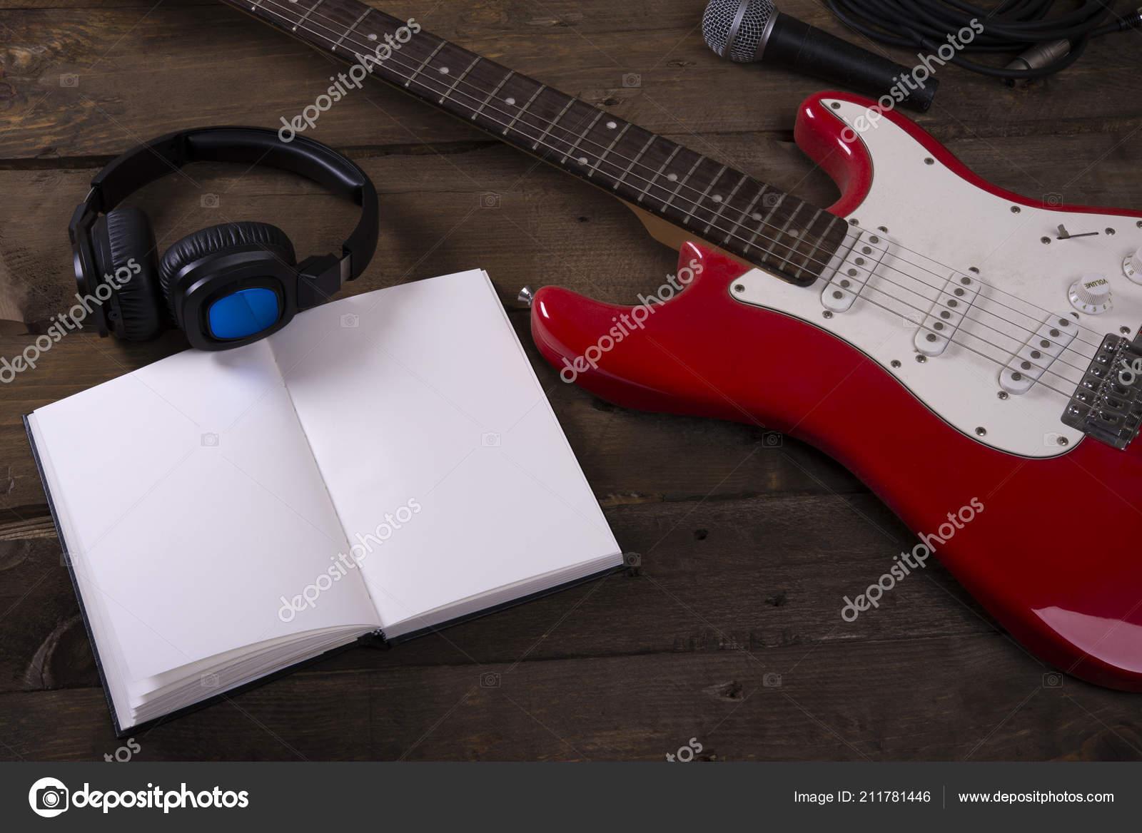 Iictures: guitar wallpaper | Guitar