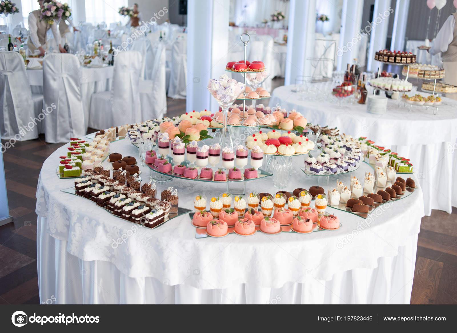 Marvelous Wedding Dessert Bar Candy Buffet Wedding Sweets Table Home Interior And Landscaping Spoatsignezvosmurscom
