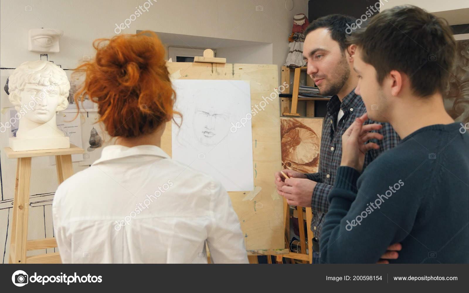 Pictures To Draw For Your Teacher Art Teacher Explaining