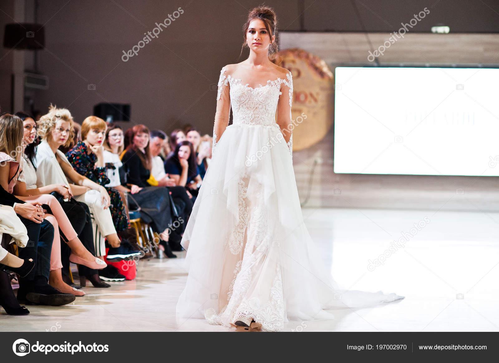 Ternopil Ukrajina Kvetna 2018 Podolyany Navrhari Fashion Week Modely