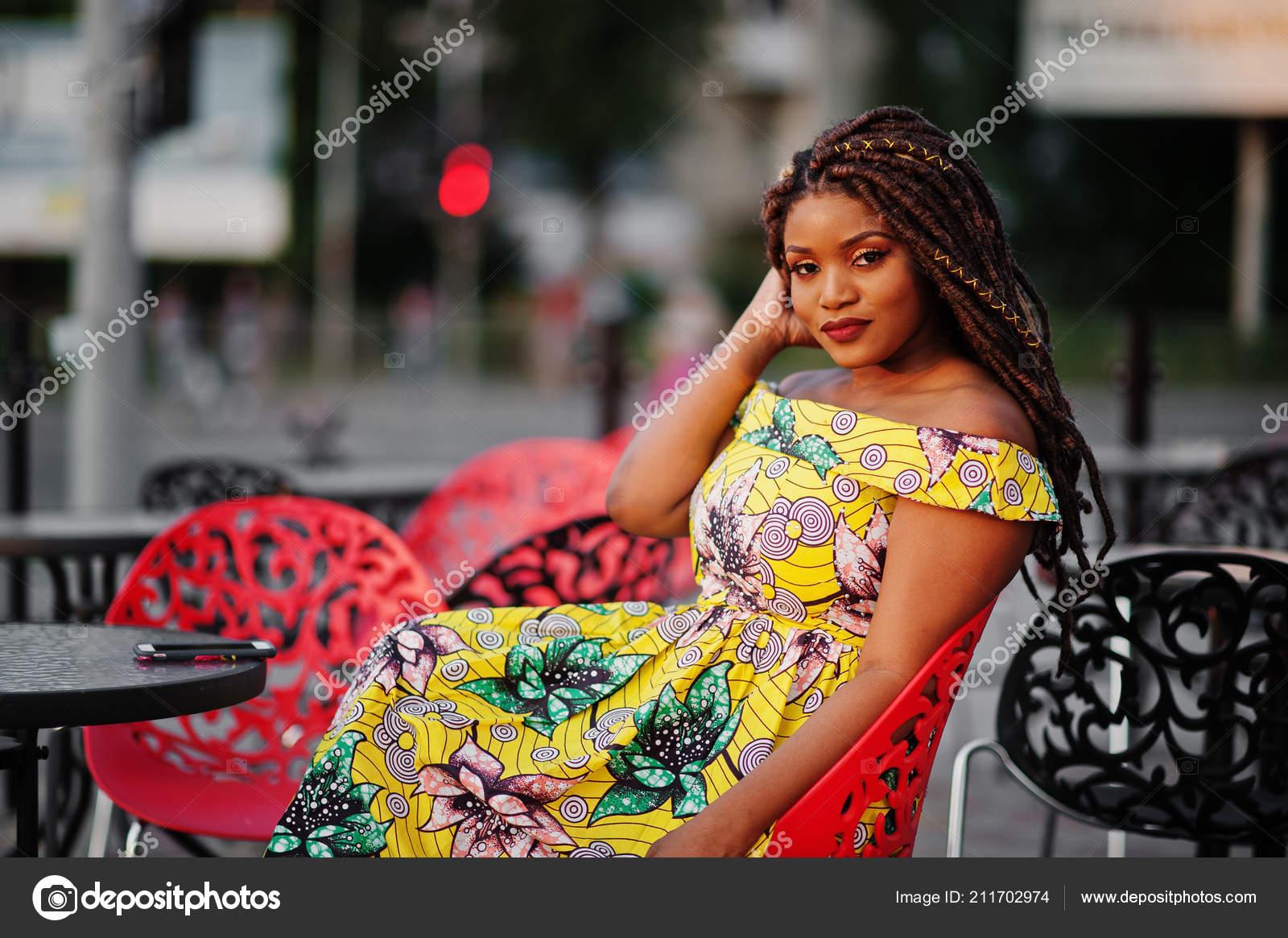 Ebenové africké dívky