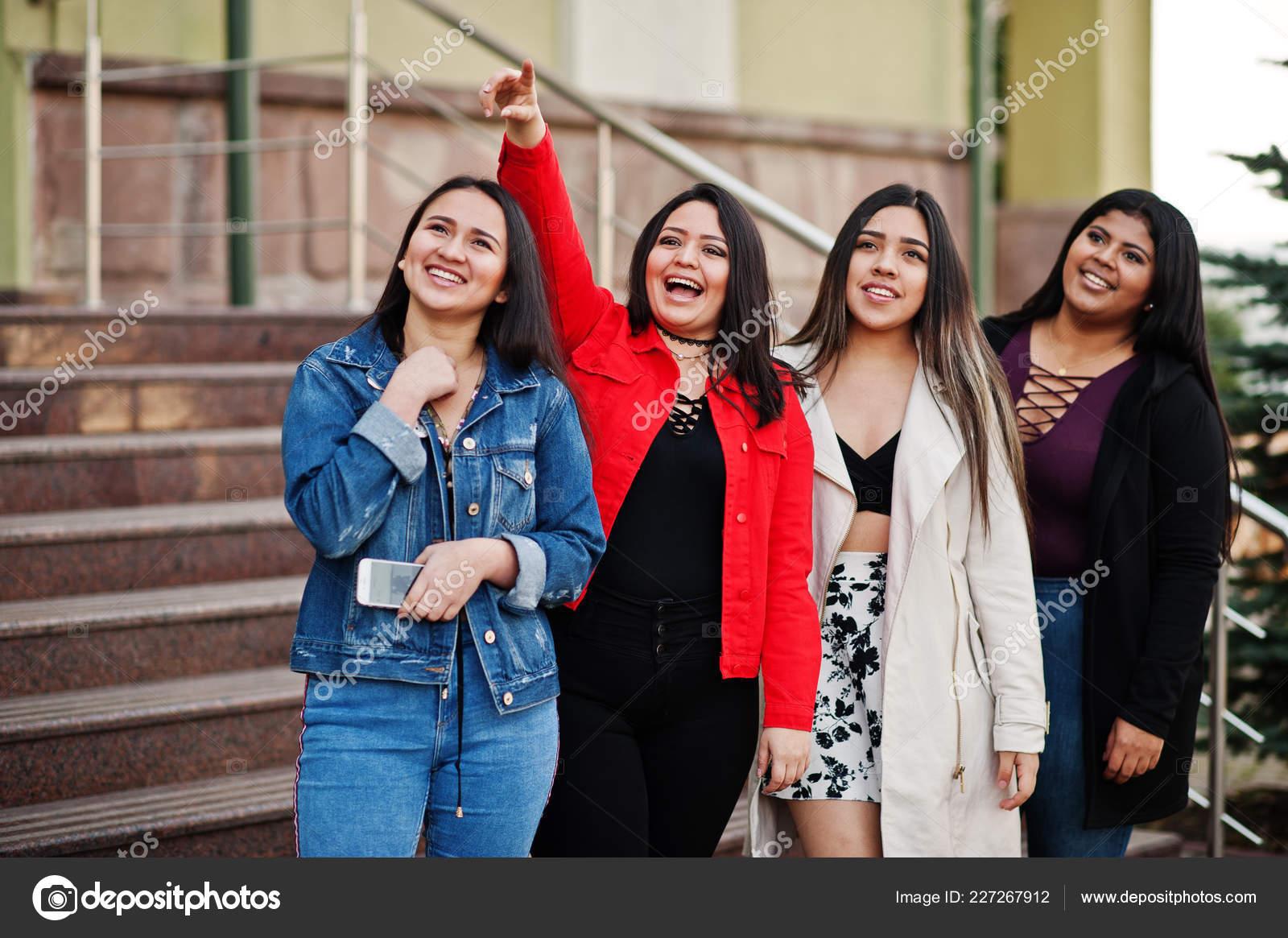 Latino girls com