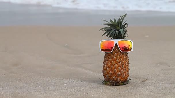 Veselý ananas na dovolené