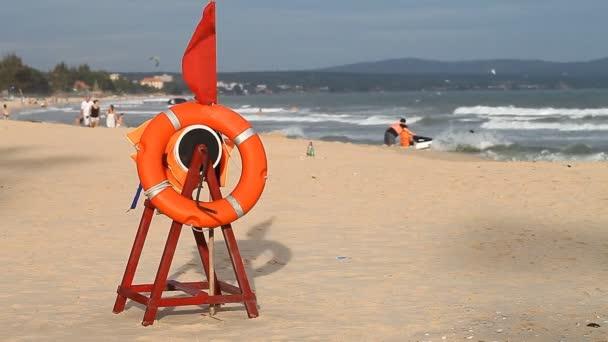 Ruhe an der Küste und Sicherheit der Touristen