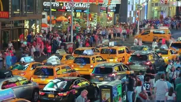 Město žluté taxi kabiny Times Square, New York