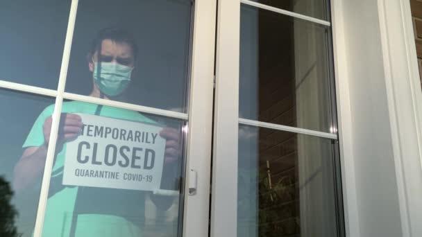 TEMPORÄRISCHES GESCHLOSSES Schild an einer Tür Laden, restourant