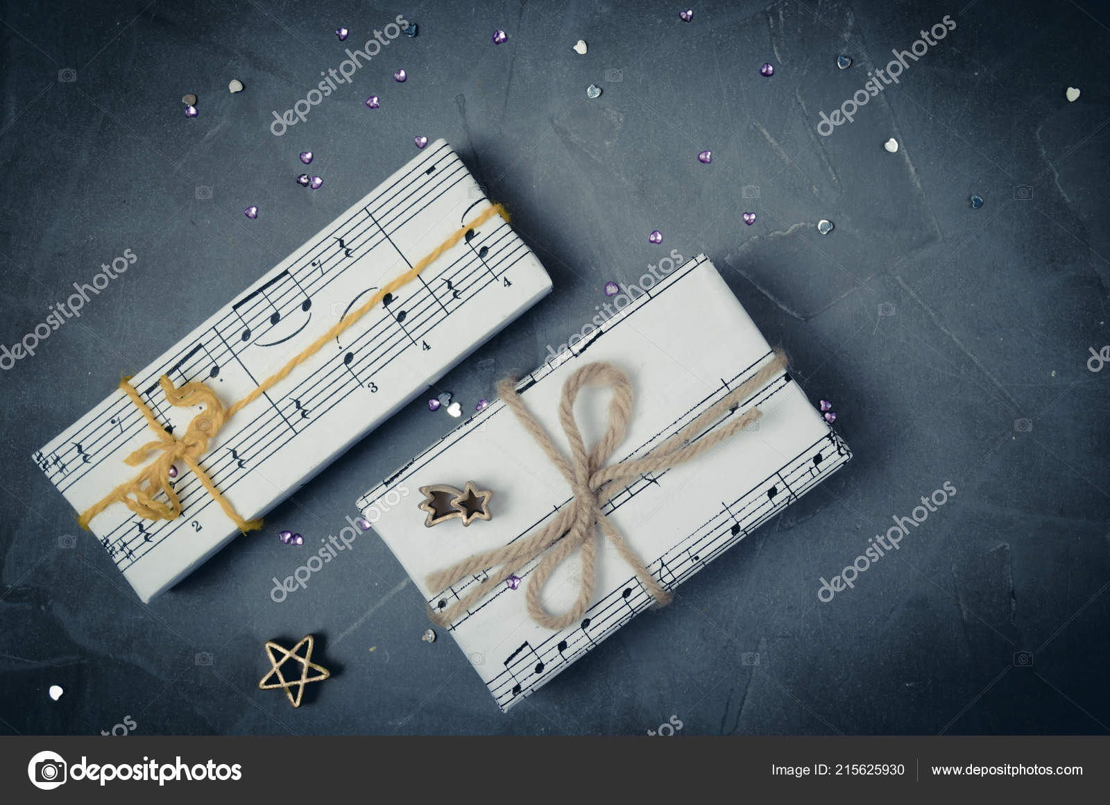 Gifts Wrapped Paper Image Music Christmas Holiday Womens Day Musician —  Stock Photo e25dde6952