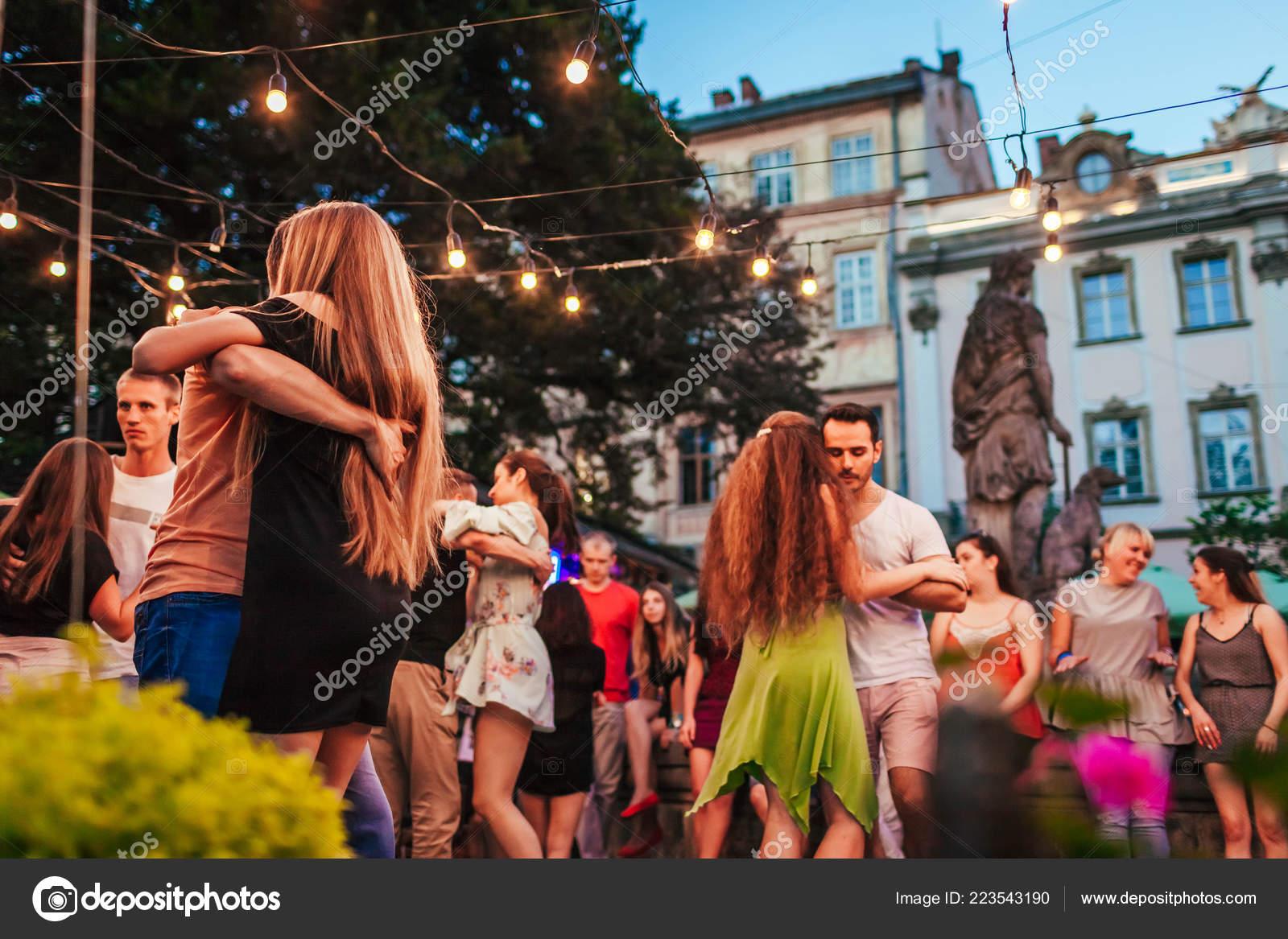Lviv Ukraine August 2018 People Dancing Salsa Bachata