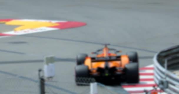 Dvě Formule 1 jízda rychle na rychlosti trati v pomalém pohybu - abstraktní pohybu pozadí - 4 k Video