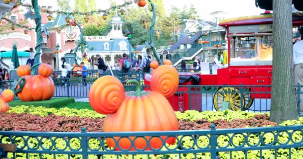 Disneyland Paris Halloween Decorations.Marne La Valle France October 14 2018 Mickey Mouse Pumpkin Head At Disneyland Paris Euro Disney Halloween Decorations At Main Street Usa Magic Kingdom Marne La Valle Le De France France