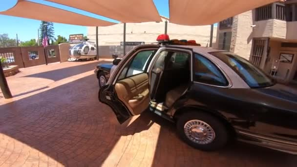 Policejní Ford auto zadní sedadla