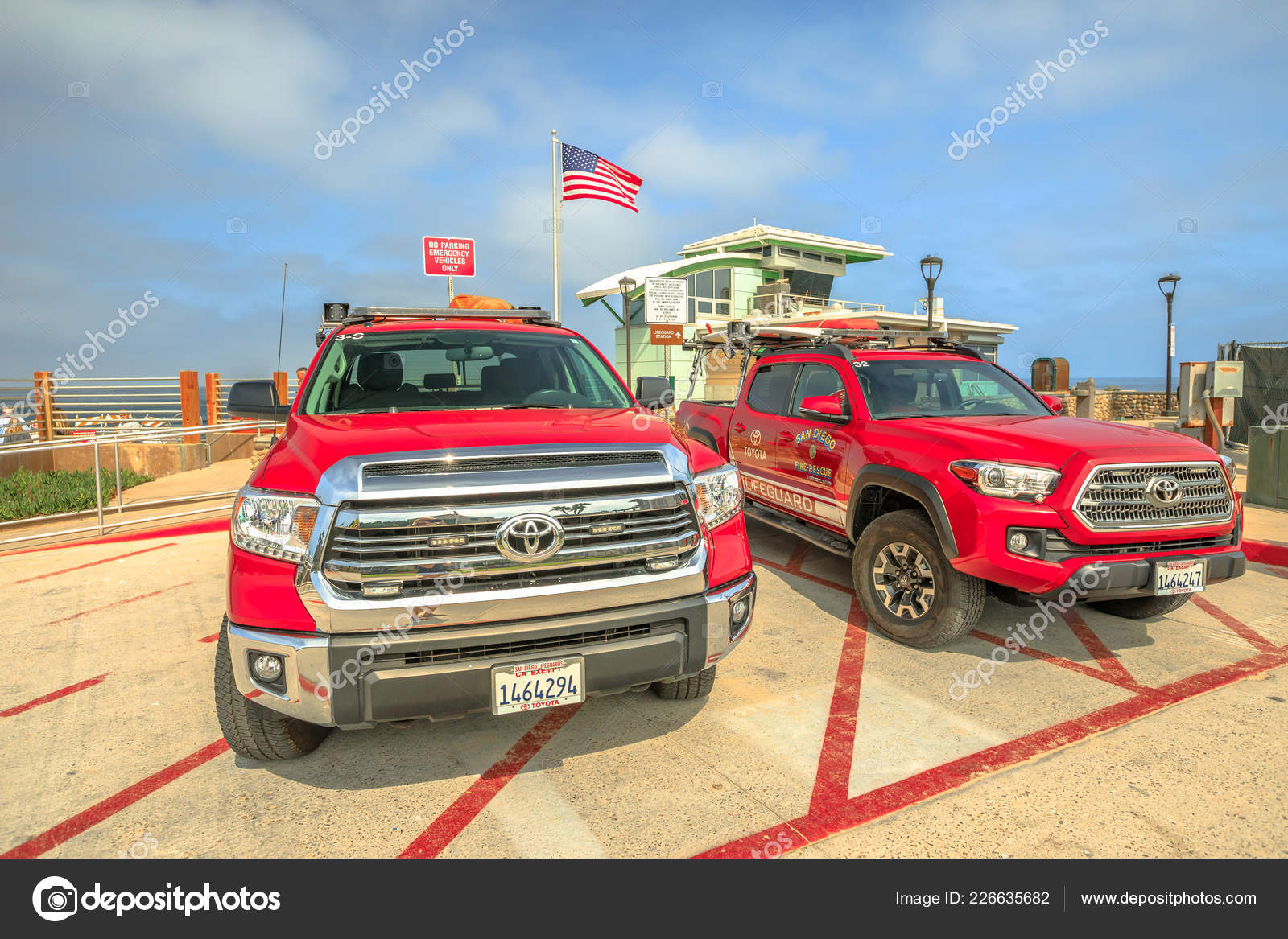 San Diego lifeguard fire-rescue – Stock Editorial Photo