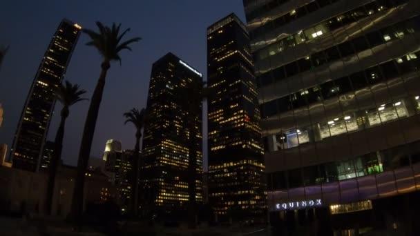 Los angeles mrakodrapy noc