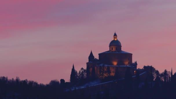 San-Luca templom twilight hóban