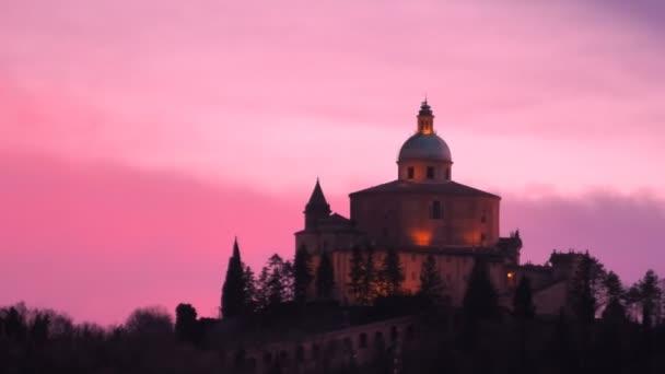 Kostel San Luca v soumraku