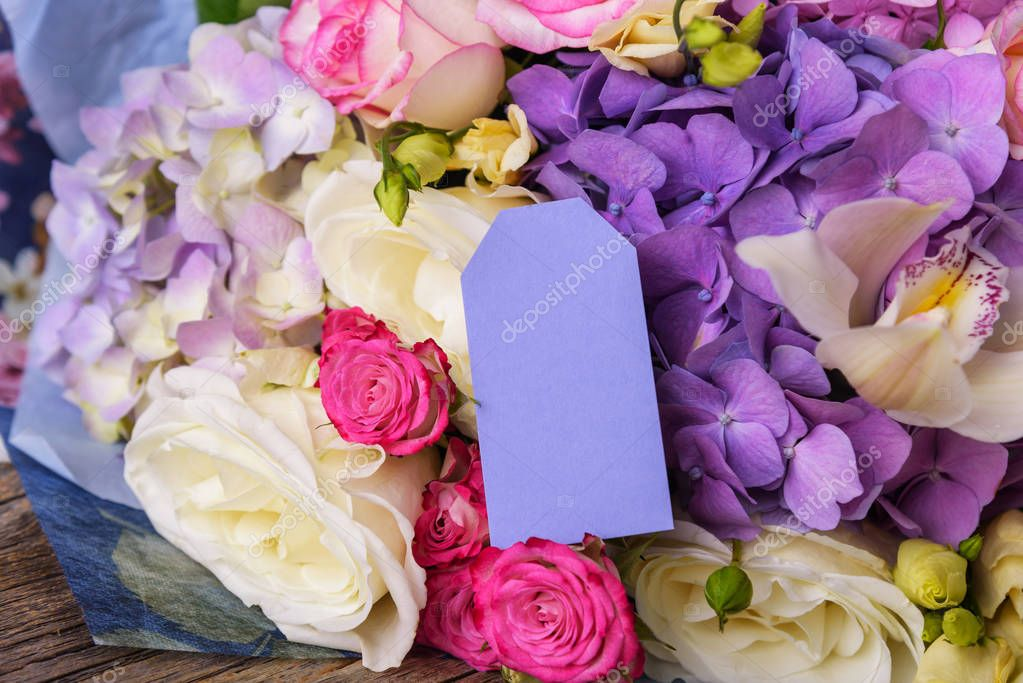 Card for a signature on a bright summer bouquet.