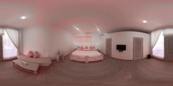 vr360 interiér ložnice s velkou postelí v luxusním hotelu. Hotelový pokoj interiér cestovní koncept