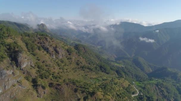 Horská provincie na Filipínách.