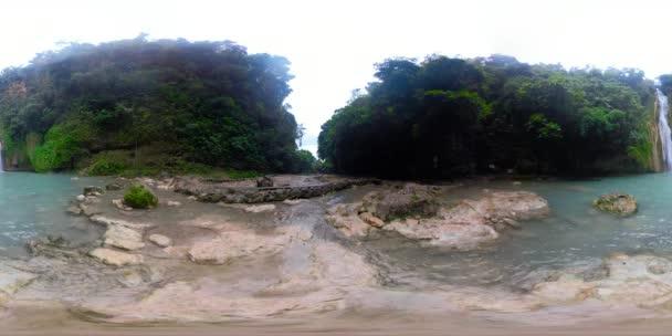 Bella cascata tropicale 360vr